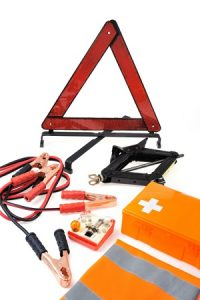 How to Assemble a Vehicle Emergency Kit For Your Next Summer Adventure